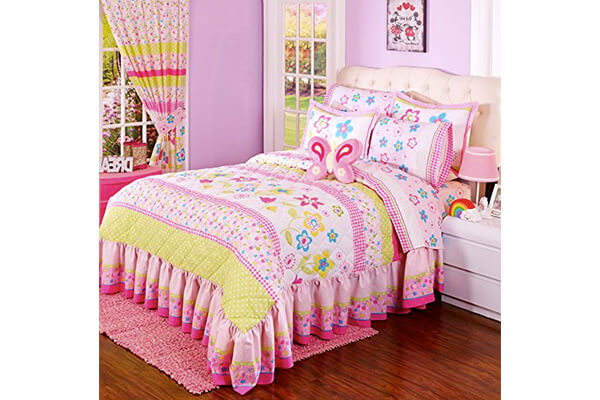 Anairis Twin Size Kids Bedspread, Sheet and Curtains Set