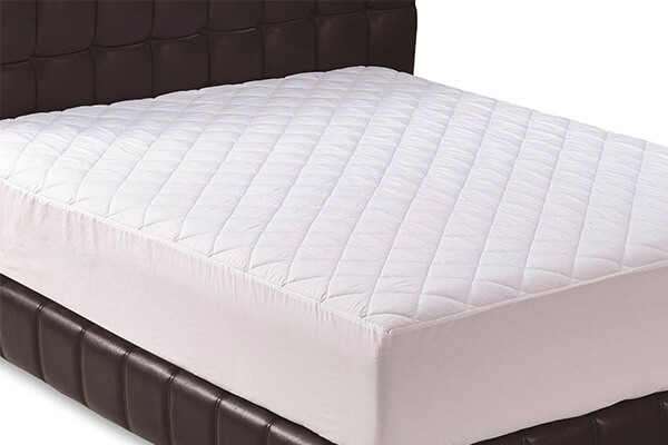 Quilted Fitted Mattress Pad by Utopia Bedding