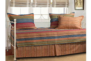 Top 10 Best Daybed Bedding Sets in 2018 Reviews