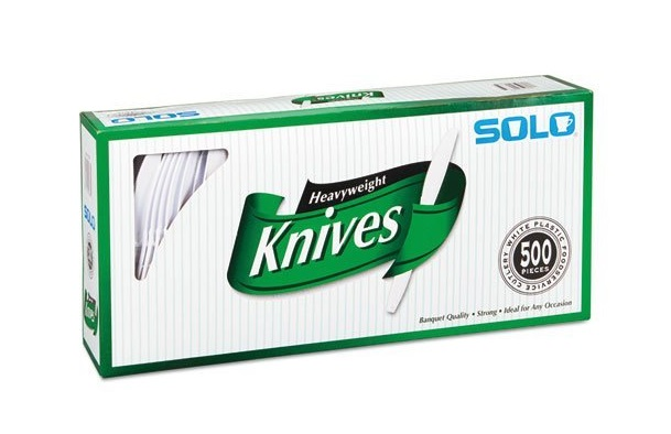 2. SOLO Cup Company Heavyweight Plastic Knives, 500 Count