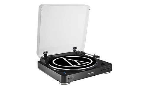 3. Audio Technica AT-LP60BK-BT Fully Automatic Bluetooth Wireless Belt-Drive Stereo Turntable