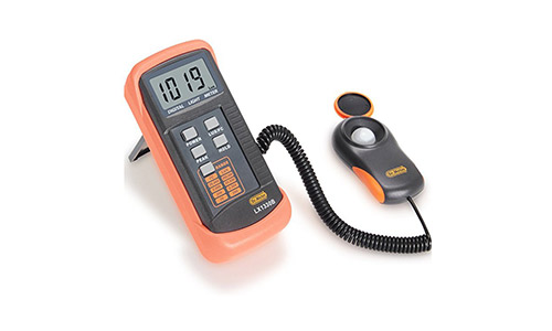 9. Dr.Meter LX1330B Digital Illuminance/Light Meter