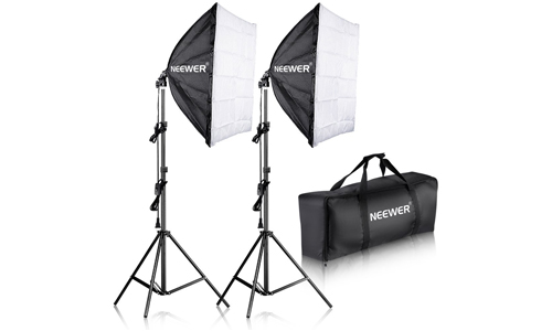 6. Neewer 700W Professional Photography 24x24 inches/60x60 centimeters Softbox